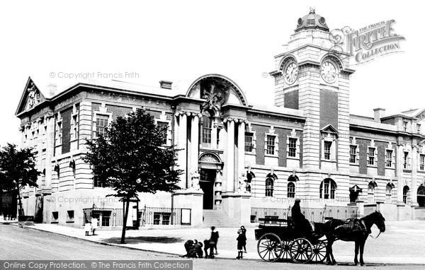 Barry, Town Hall 1910