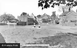 Barton-Le-Clay, The Village c.1960