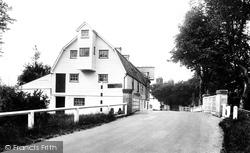 The Mill 1925, Barton Mills