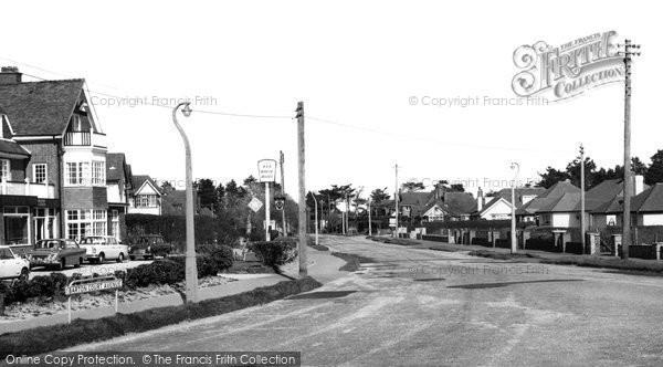 Barton On Sea, Barton Court Avenue c.1965