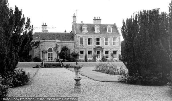 Barton Seagrave, Barton Hall c.1960