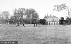 Barton Upon Humber, Baysgarth Park c.1960