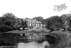 House 1900, Barwick