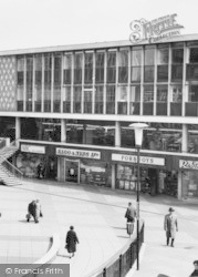 Basildon, East Square c.1965