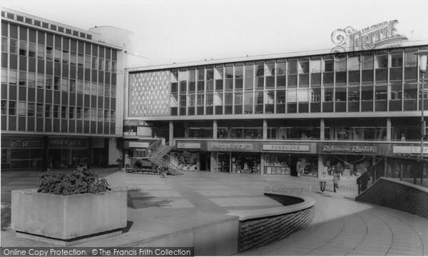Photo of Basildon, Freedom House c1965