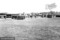 Basildon, Kingswood County Primary School c.1960