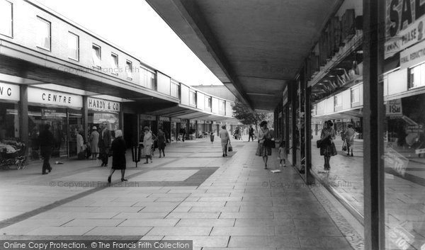 Basildon, Market Pavement c.1965
