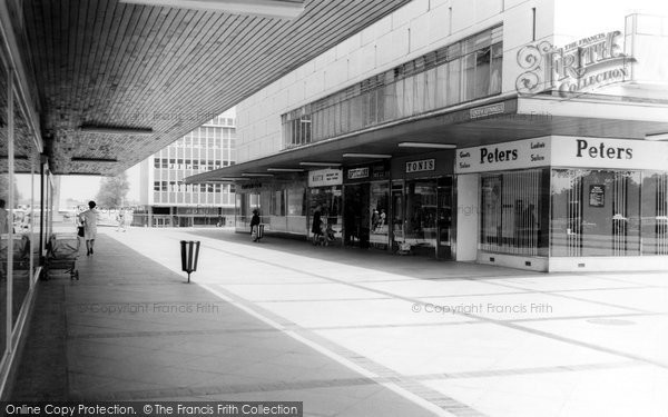 Basildon, South Gunnels c.1965