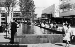 The Fountain, Town Square c.1965, Basildon