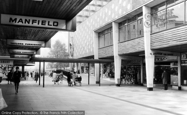 Photo of Basildon, Town Centre c.1960