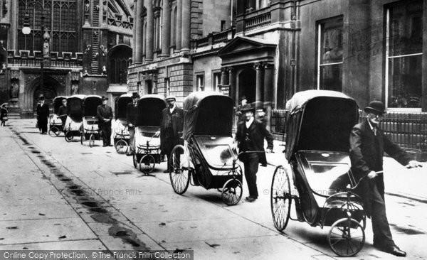 Bath, Bath Chairs Outside The Pump Room 1907