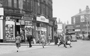 Batley, Shops In Commercial Street 1952