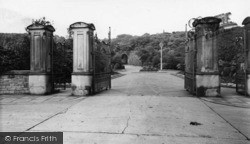 Batley, The Entrance, Wilton Park c.1965
