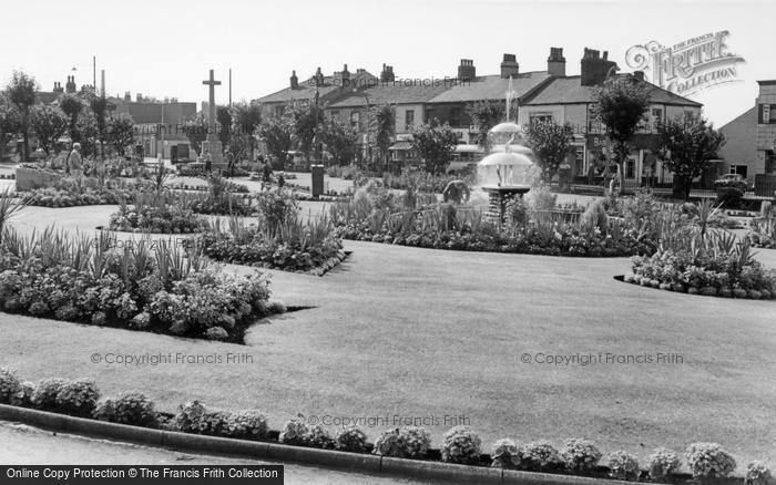 Photo of Batley, The Gardens c.1965