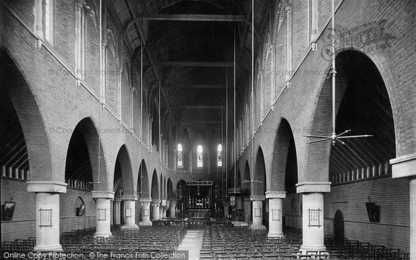 Battersea, Ascension Church interior 1899