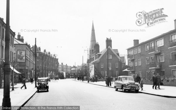 Battersea, St John's Hill c1955