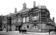 Battersea, Town Hall 1899