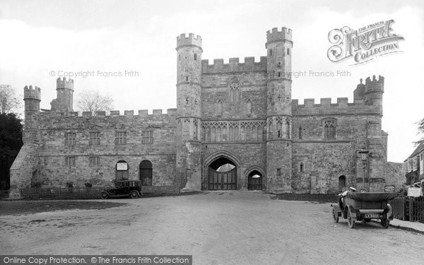 Battle, Abbey Gateway 1921