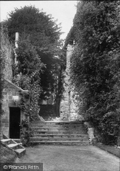 Battle, Abbey, Steps To The Refectory 1910