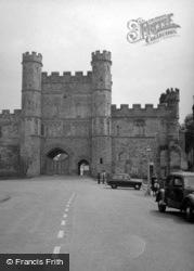 Abbey, The Gatehouse 1952, Battle
