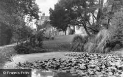 Abbey, The Lily Pond c.1930, Battle