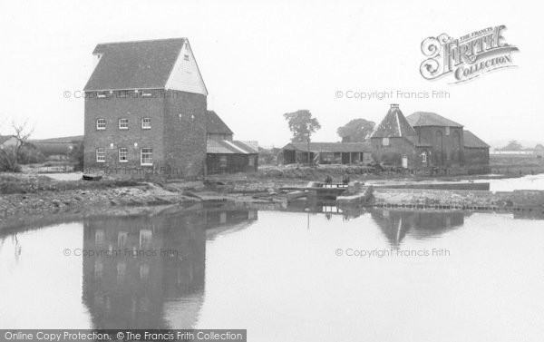 Battlesbridge, Tide Mill On The River Crouch c.1955