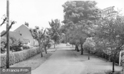 Bawtry, St Martin's Avenue c.1955
