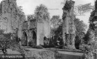 Bayham Abbey photo