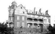Beacon Hill, Beacon Hotel 1899