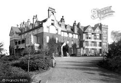 Beacon Hill, Beacon Hotel 1907