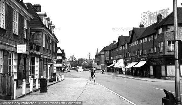 Beaconsfield, New Town c.1955