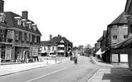 Beaconsfield, New Town c.1960