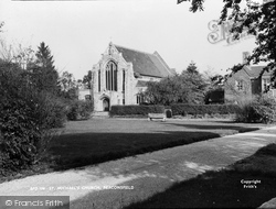 Beaconsfield, St Michael's Church c.1960