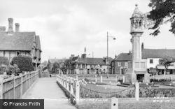 Beaconsfield, The Memorial c.1955