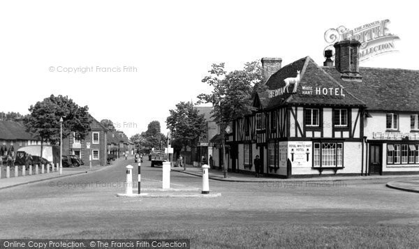 Beaconsfield, The Royal White Hart Hotel c.1955