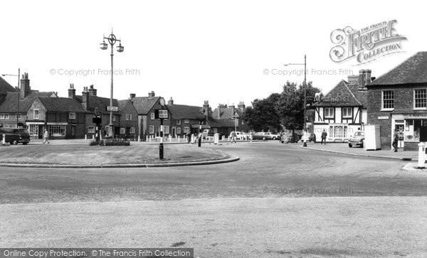 Beaconsfield, The Village c.1960