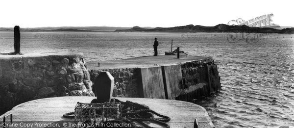 Photo of Beadnell, the Harbour and Shore c1960, ref. B550044