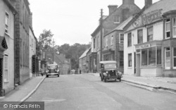 Beaminster, Hogs Hill c.1955