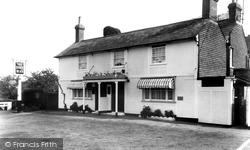 Dukes Head Hotel c.1955, Beare Green