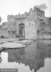 Beaumaris, Castle 1930