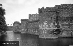 Beaumaris, Castle c.1990