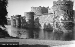 Castle, The Outer Wall And Moat 1925, Beaumaris