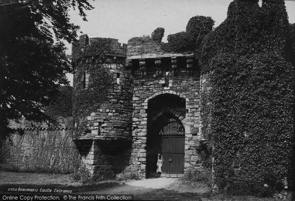 Photo of Beaumaris, the Castle Entrance 1890