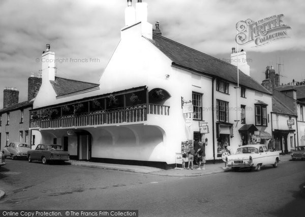 Photo of Beaumaris, the Cottage Café c1965