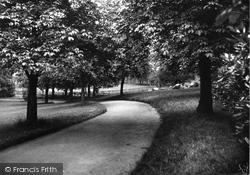 Bebington, Dickens' Avenue,  Mayer Park 1936