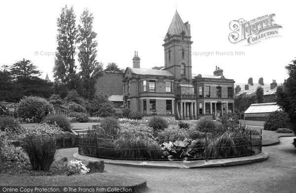 Bebington, Mayer Park 1936
