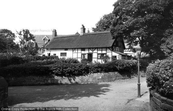 Photo of Bebington, the Thatched Cottages 1936