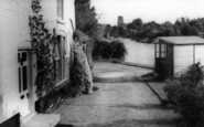 Beccles, A River View c.1965