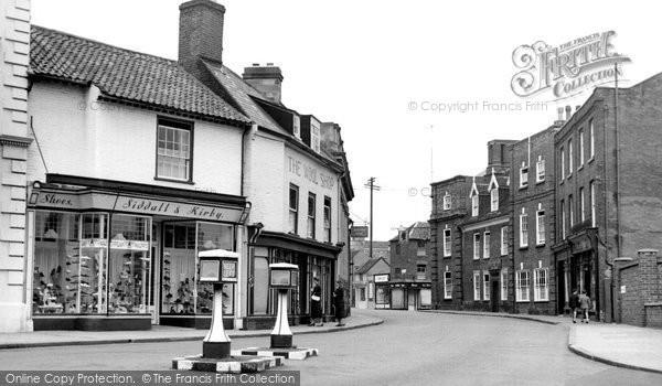 Beccles, Exchange Square c.1955