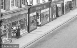 Hepworth's Chain Store c.1955, Beccles